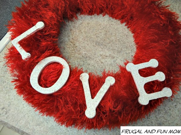 Valentines-Day-Wreath-LOVE 1