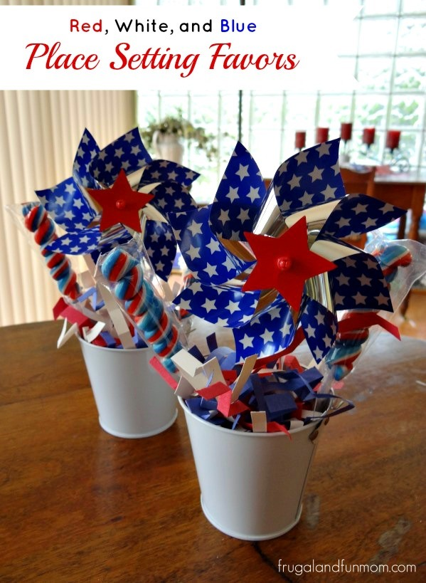 Patriotic Red White and Blue 4th of July Decorating Centerpieces #DIY #RedWhiteBlue #Patriotic #July4th