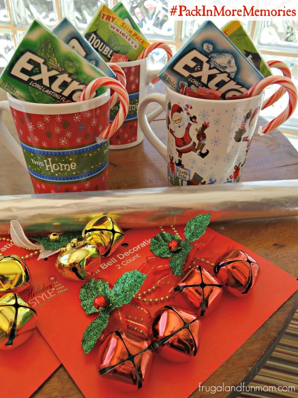Christmas Coffee Mug Gifts For Teachers! #PackInMoreMemories