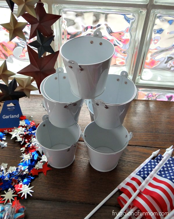 Patriotic Red White and Blue 4th of July Decorating Oriental Trading #DIY #RedWhiteBlue #Patriotic #July4th