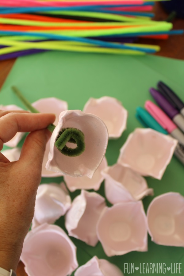 Making Egg Carton Flowers